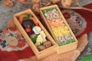 二段のスス竹弁当箱の詰め方